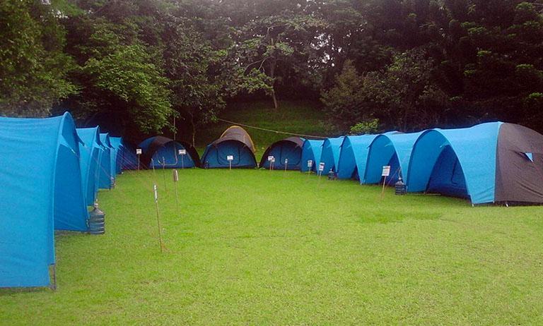 Tenda dan Peralatan camping